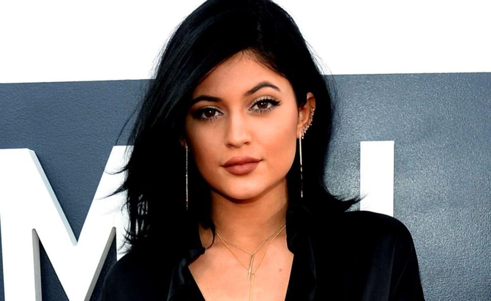शाहरुख खान की बेटी सुहाना खान है इस शख्स की दीवानी, हर फोटो पर देती हैं रिएक्शन