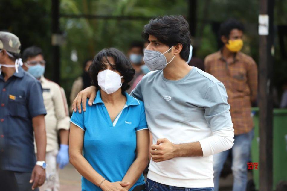 संदीप सिंह ने दुबई कनेक्शन पर खोला राज, बताई थम्स अप दिखाने की वजह