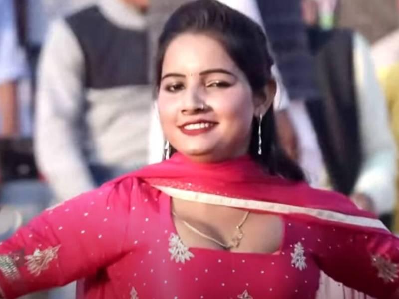 'बैगन' गाने पर सुनीता बेबी ने किया  सपना को भूले लोग, देखें वीडियो