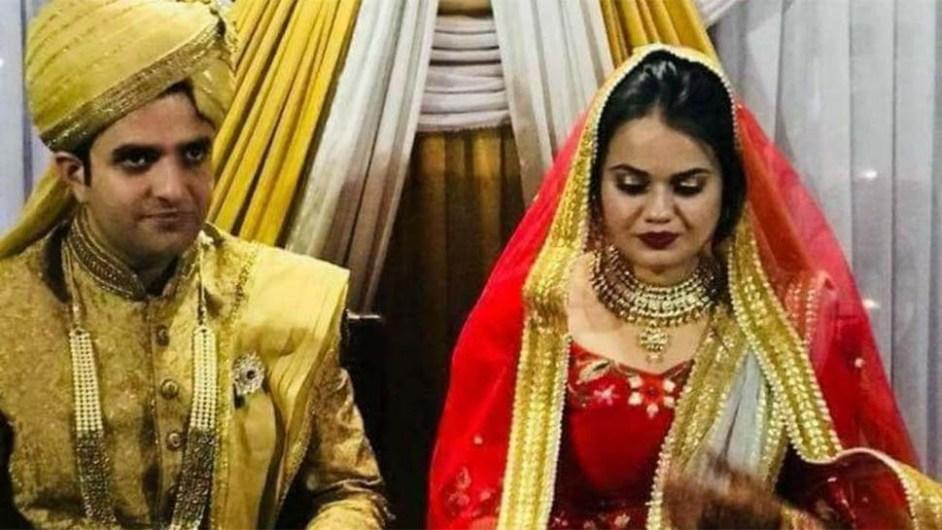 Upsc टॉपर टीना डाबी, Ias पति अतहर से ले रही हैं तलाक, नाम के आगे से हटाया 'खान '