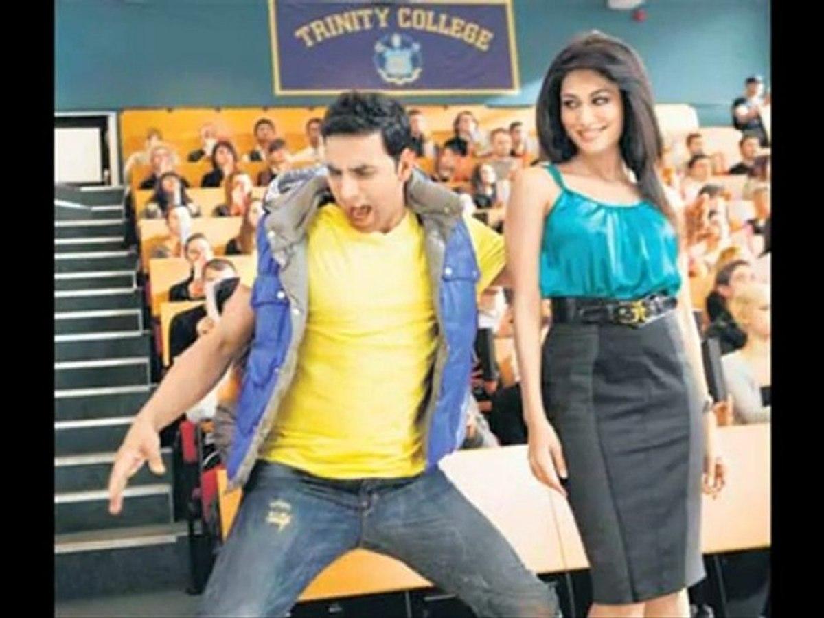 अक्षय कुमार के लिए इस एक्ट्रेस ने उतारे थे अपने ही सवाल पर अपने कपड़े