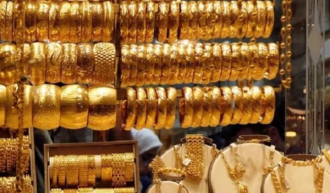 Gold Price 1 December 2020 : 2500 सस्ता हुआ नवंबर में सोना, अब इतने में मिल रहा 1 तोला