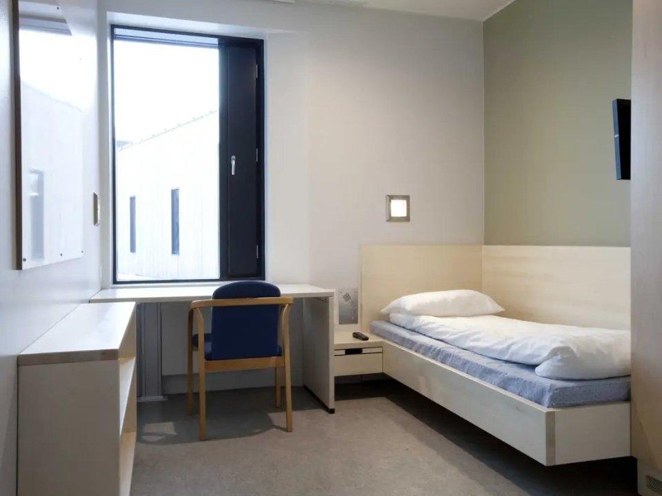 अपराध करना हो तो इन देशो में , यहाँ की जेल आपके बेडरूम से कई गुना लक्जरिअस