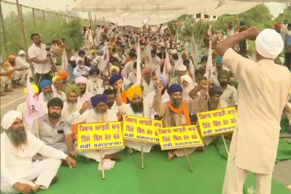 किसान आंदोलन में धरने पर बैठे किसान ने की आत्महत्या, ये थे उनके अंतिम शब्द