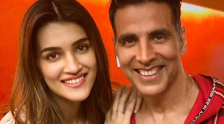 अक्षय कुमार अपने बेटी के उम्र जितनी लड़कियों के साथ करते हैं रोमांस