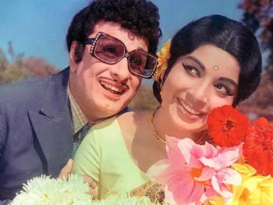 जयललिता के प्यार में पागल था ये शख्स सबके सामने उठा लिया था गोंद