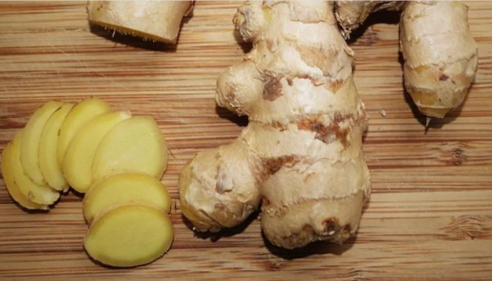 Scam in Pakistan due to inflation, ginger 1000 rupees kg, egg is so expensive ...