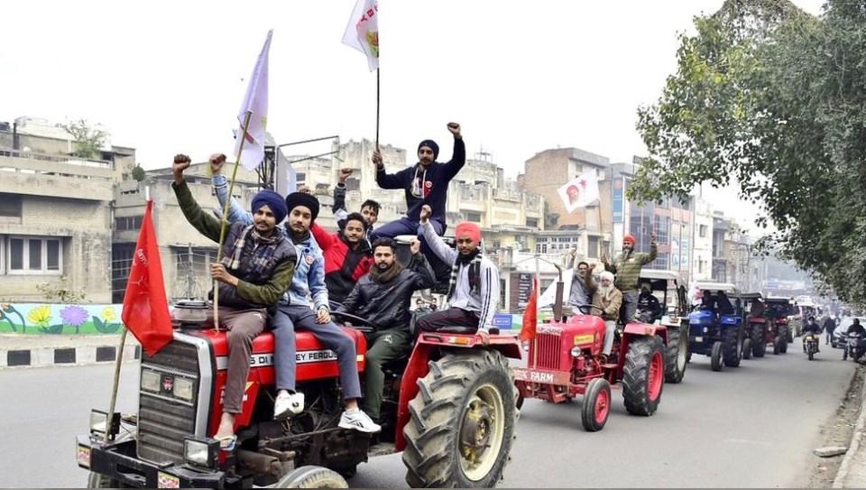 किसान आंदोलन: किसानों को मिले टैक्टर रैली के लिए ये रूट, कांग्रेस स्वागत के लिए रहेगी तैयार