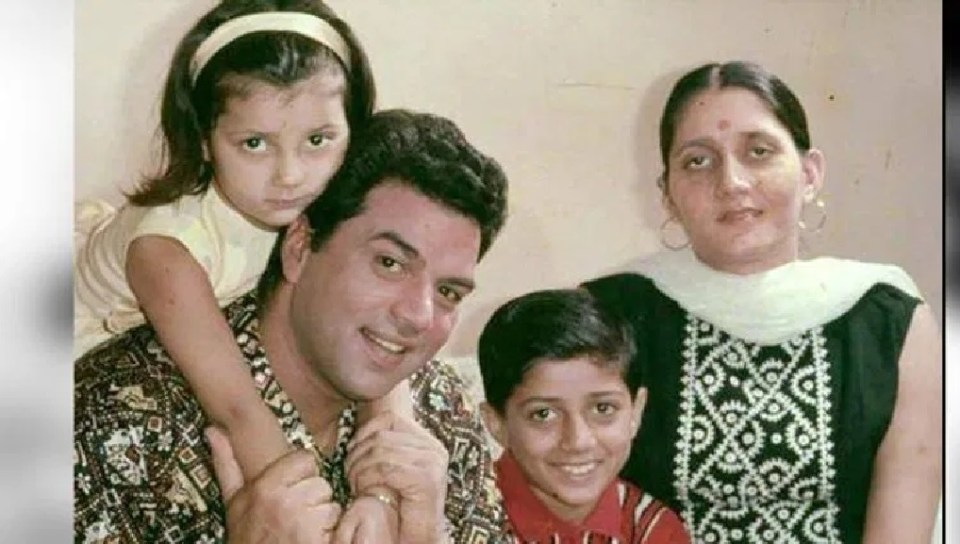 How Sunny Deol behaves with her step sisters, know
