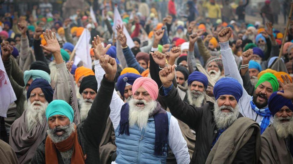 किसान आंदोलन: तीनों कृषि कानूनों पर सुप्रीम कोर्ट ने लगाई रोक, कोर्ट ने सुनाया ये फैसला