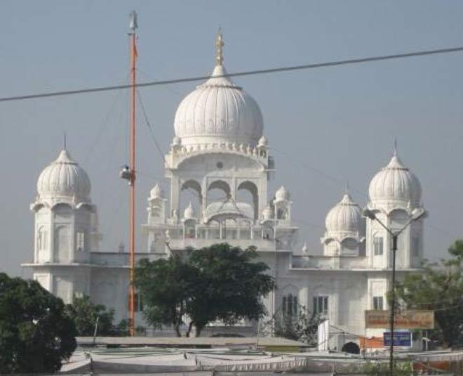 दिल्ली के आसपास बना रहे हैं घूमने का प्लान, तो इन जगहों पर जाना मत भूलें