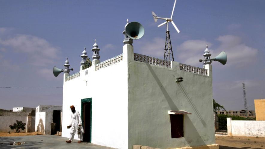 इस्लामिक देश सऊदी अरब ने मस्जिद में किया लाउडस्पीकर बैन