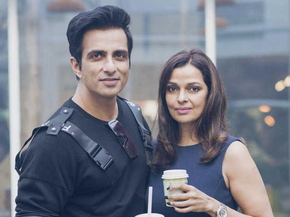 सोनू सूद की पत्नी खूबसूरती में फ़िल्म एक्ट्रेस से कम नही, देती हैं जबरदस्त टक्कर, लाइम लाइट से दूर जीती हैं अपनी लाइफ