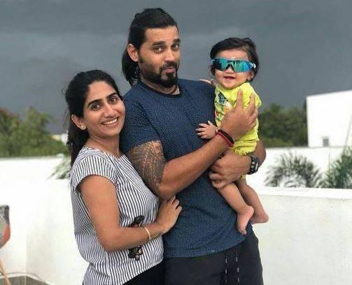 दिनेश कार्तिक को इस भारतीय खिलाड़ी ने दिया है कभी न भूलने वाला दर्द, प्रेग्नेंट पत्नी को छीन दोस्ती को किया शर्मसार