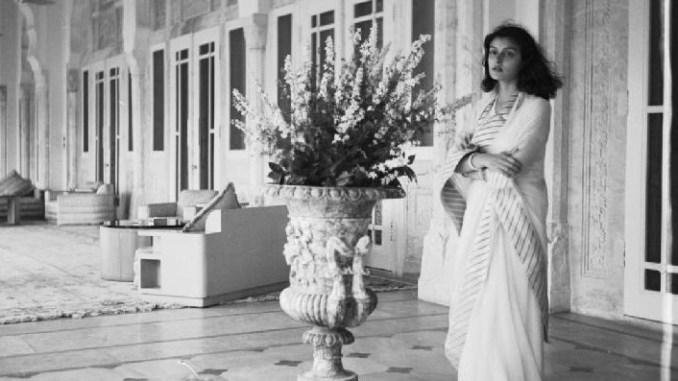 इंदिरा गांधी की वजह से तिहाड़ जेल में 5 महीने तक बंद रही इतिहास की सबसे खूबसूरत महारानी गायत्री देवी