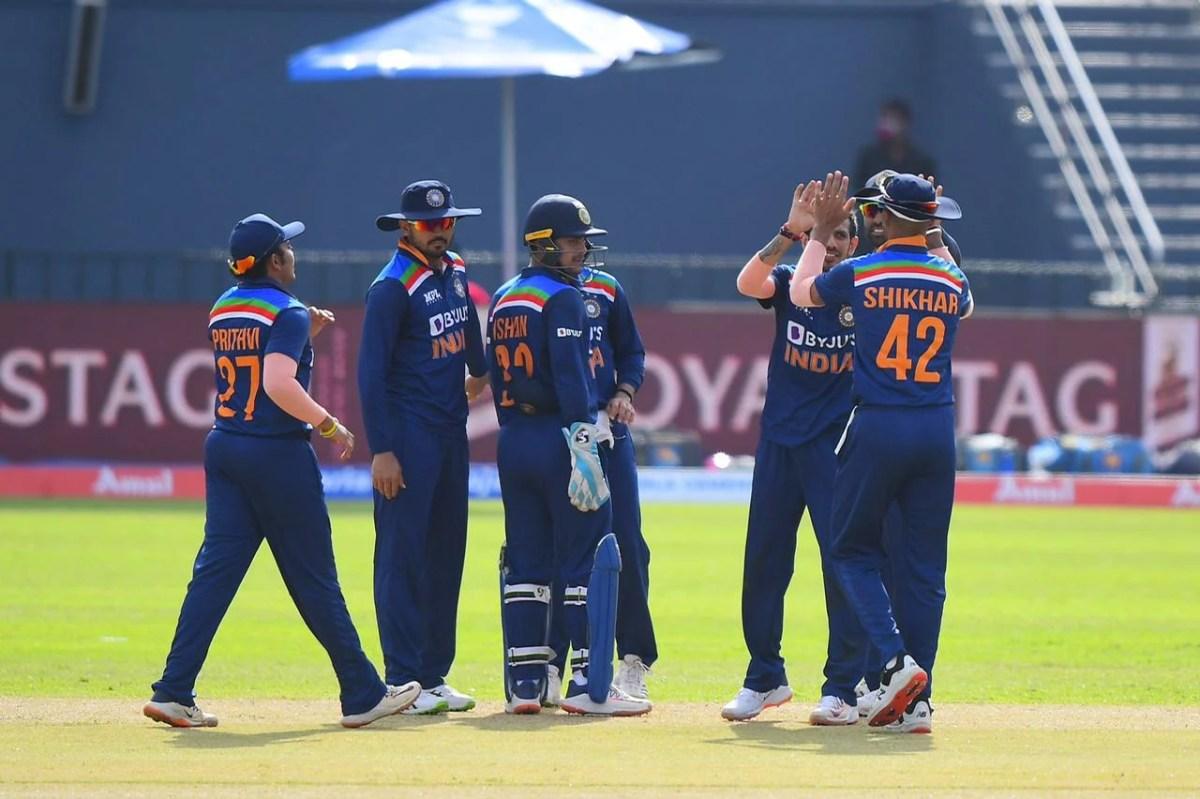 Sl Vs Ind: श्रीलंका पर मिली जीत के बाद राहुल द्रविड़ की हुई तारीफ़, तो इस खिलाड़ी को बाहर करने की उठी मांग