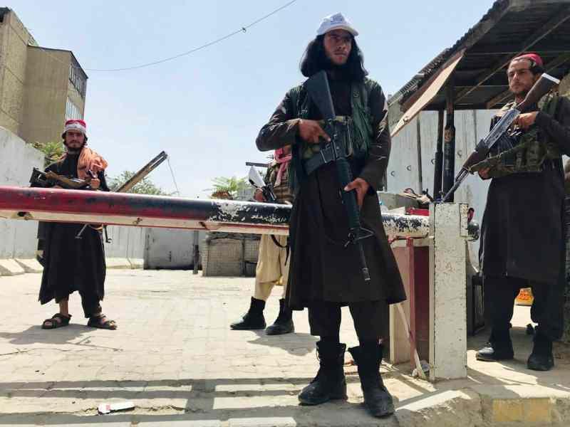 तालिबान ने सत्ता में आते ही भारत को दिया झटका, बढ़ेगी महंगाई, आयात, निर्यात पर लगाई रोक