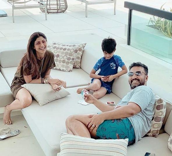 पापा राज कुंद्रा के घर आने के बाद वियान ने Insta पर पोस्ट की तस्वीर, लिखी ये प्यारी बात