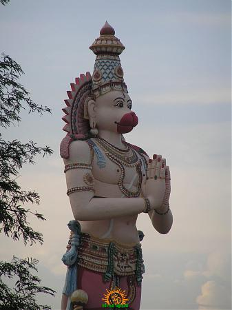 giant-hanuman-idol-in-keesara-gutta