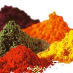 natural colors of holi festival