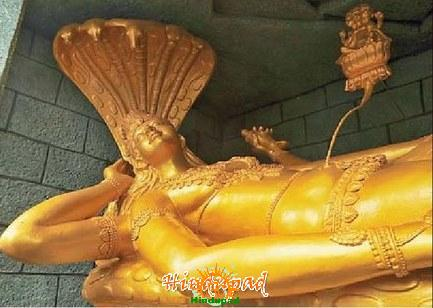Anantha Padmanabha swamy idol at Khairatabad Ganesh Mandapam for Vinayaka Chavithi 2011