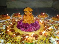 Diwali rangoli design lakshmi flowers