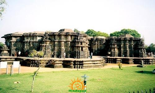 hoysaleswara temple Halebidu