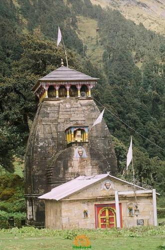 Madhmaheshwar Temple in Uttarakhand