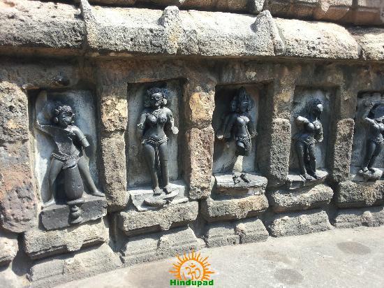 64 yogini temple in bhubaneswar