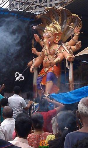 Akhilchandanvadi cha Raja 2013