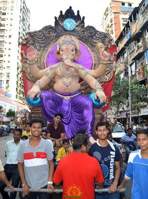 Chira Bazaar Tadwadi Sarvajanik Mandal 2013 Ganesha