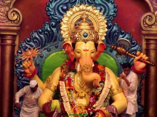 Lalbaugcha Raja Ganesha 2013