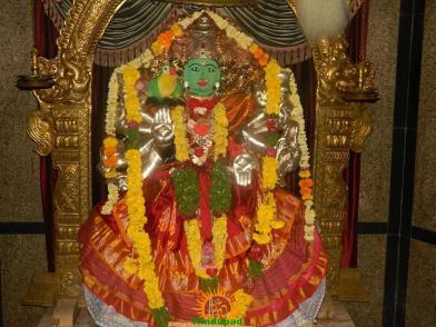 Kameshwari Devi Alankaram 4