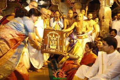 Pedda Sesha Vahanam in TTD Brahmotsavam 10
