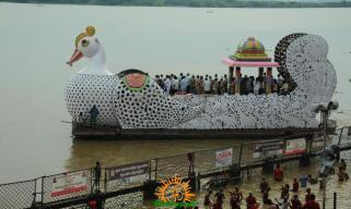 Vijayawada Teppotsavam on Dasara 1