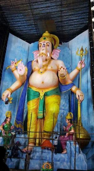 72-feet Ganapathi idol 2016 14 at Vijayawada Tallest