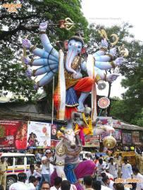 Mumbaicha Maharaja 2016 7 no-watermark