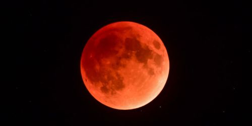 Blue Blood Moon July 2018 no-watermark