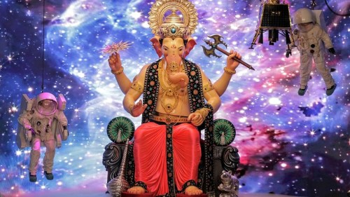Lalbaugcha Raja 2019 First Look 6