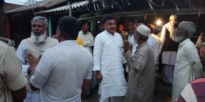 Syed Mahmud Ashraf did public relations with Panchayats at Thakurganj