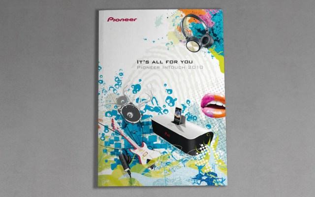 Pioneer Gestaltung eines Produktkatalogs für eine junge Zielgruppe // entstanden bei der Sixpack Werbeagentur // Mein Part // Art Direction: Idee und Design