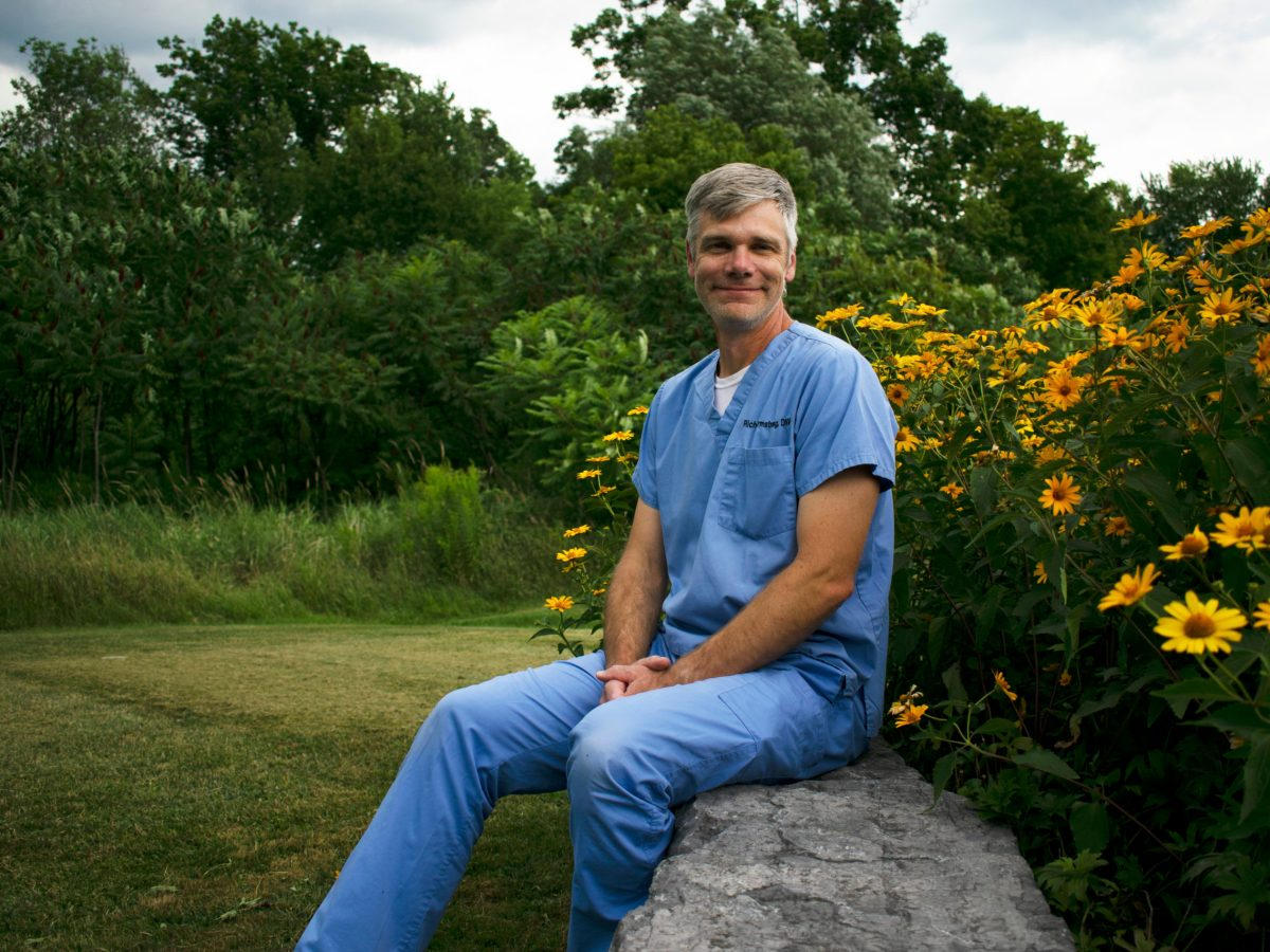 Dr. Rich Armstrong and Animal Hospital of Hinesburg serve customers & their pets