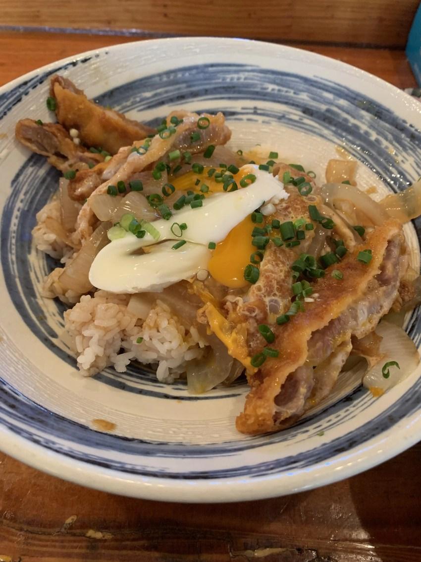 沖縄市ぎる~食堂 まぼろしのカツ丼