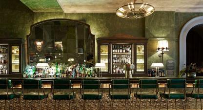 The-Beekman-Hotel-New-York-----Bar-Room-at-Fowler-and-Wells-----Martin-Brudnizski-interior-design-----LuxDeco.com-Style-Guide