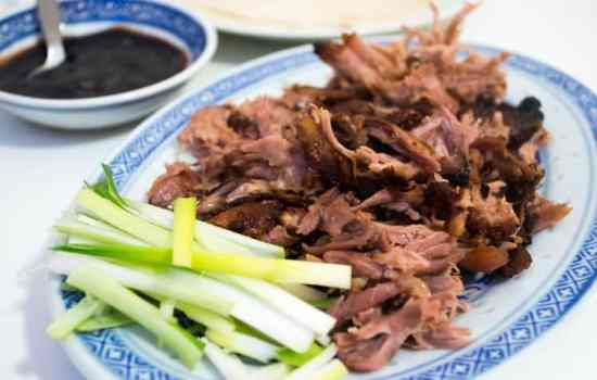 Pulled Peking Duck Legs
