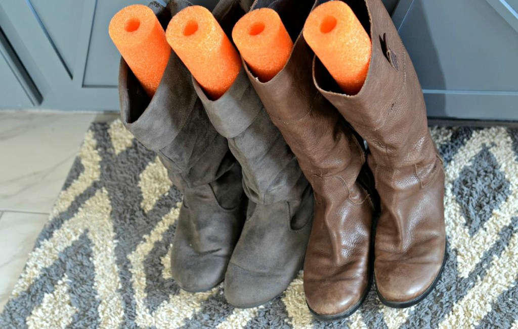 Store_Boots_Upright_Using_Pool_Noodles_