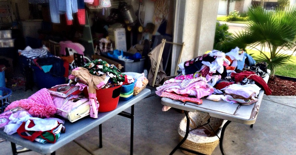 host a yard sale before moving