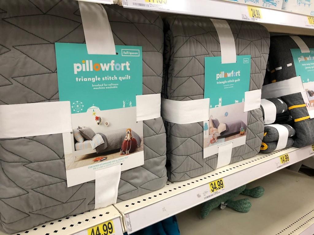 Pillowforrt Triangle Stitch Quilts