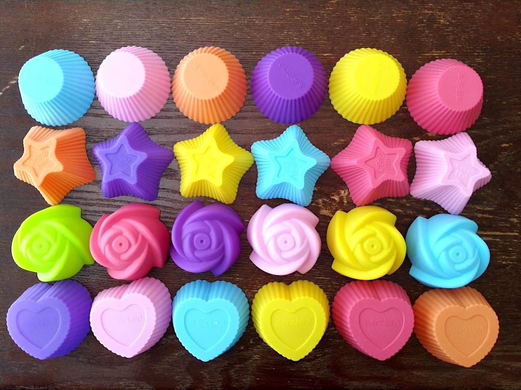 colorful silicone cupcake liners