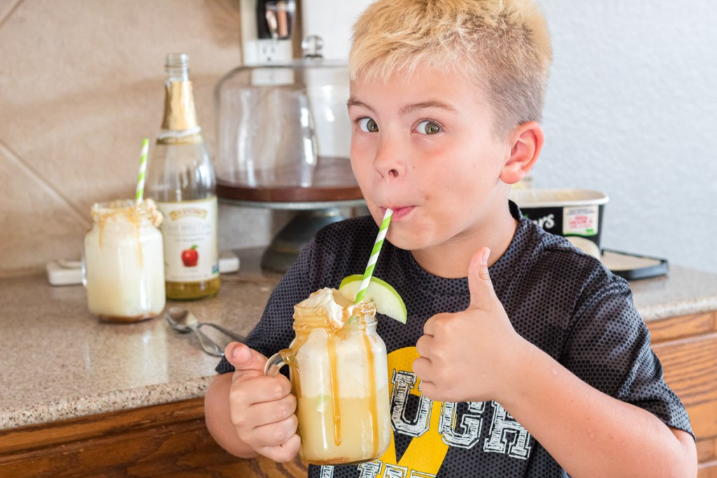 kid friendly apple cider float